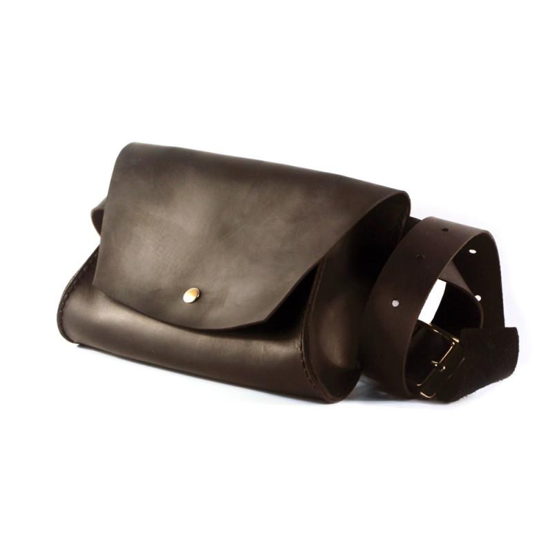 Женская кожаная сумка на пояс (Поясная) - коричневая
